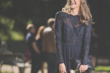結婚式参列にはレンタルドレスがおすすめ!【おしゃれなサイトも紹介】